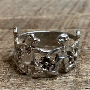 Jewelry - 925 Sterling Silver Family Ring